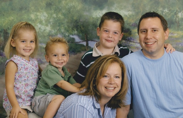 e4aac-family2bpic2b2005
