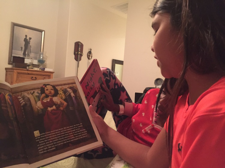 Lia reading